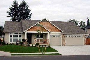 Craftsman Exterior - Front Elevation Plan #48-167