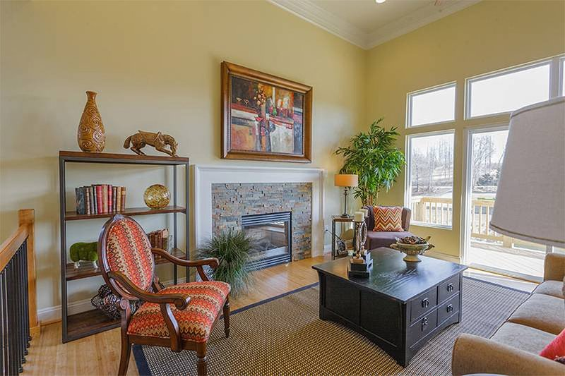 Great Room - 1400 square foot cottage