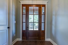 Craftsman Interior - Entry Plan #430-172