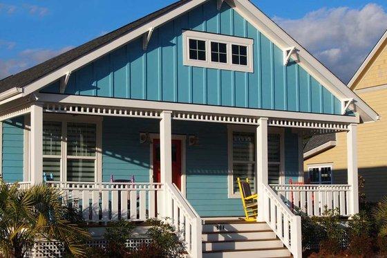 Craftsman Exterior - Front Elevation Plan #461-57