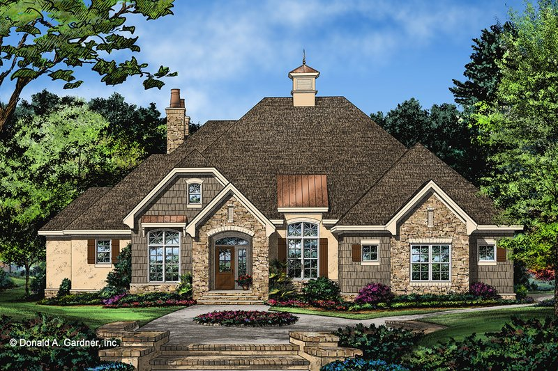 House Design - Ranch Exterior - Front Elevation Plan #929-1049