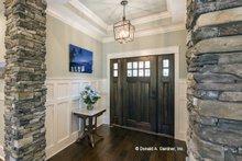 House Plan Design - Craftsman Interior - Entry Plan #929-24