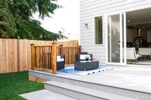 House Plan Design - Contemporary Exterior - Outdoor Living Plan #1066-5