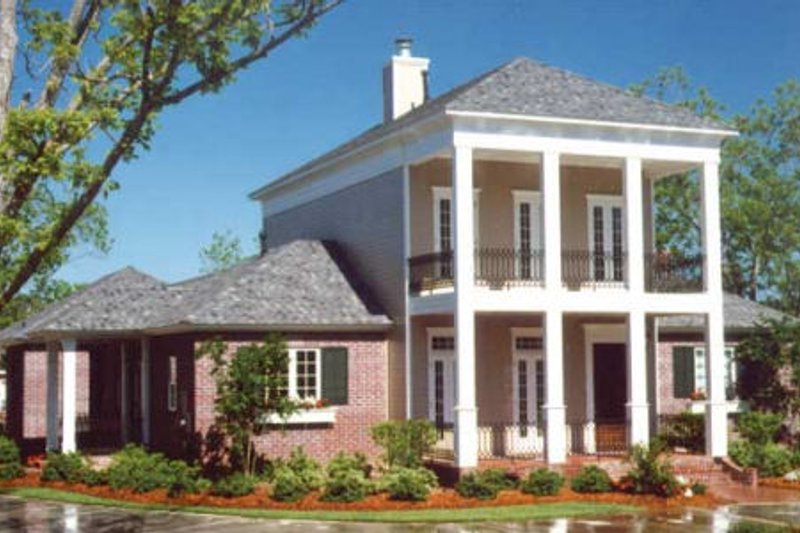 Southern Exterior - Front Elevation Plan #406-297 - Houseplans.com