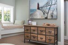 Traditional Interior - Bedroom Plan #928-11