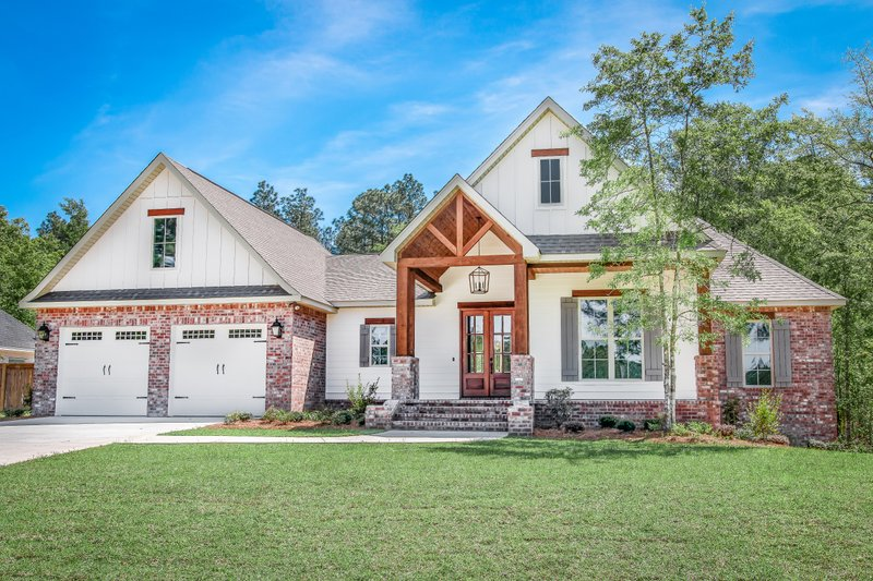 Dream House Plan - Country Exterior - Front Elevation Plan #430-194