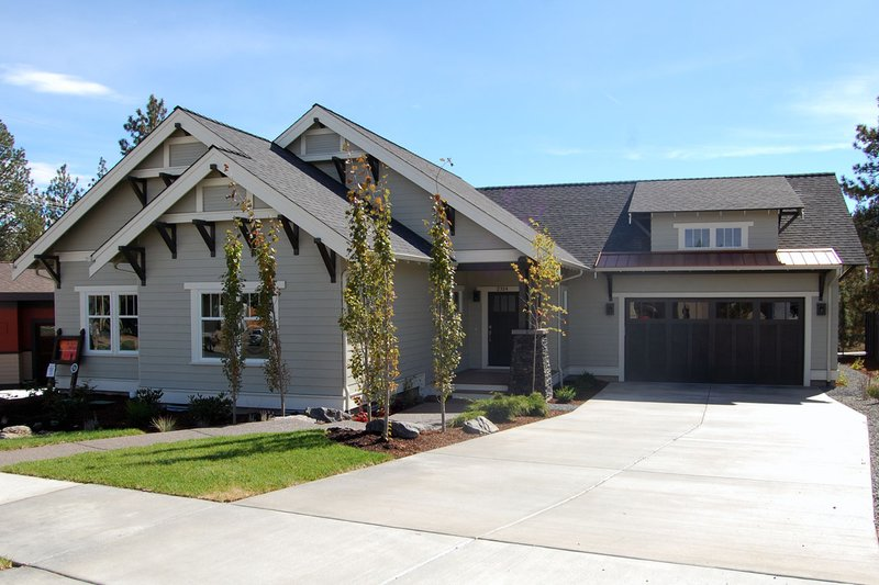 Craftsman Style House Plan - 3 Beds 2 Baths 1830 Sq/Ft Plan #434-21 Exterior - Other Elevation