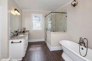 Craftsman Style House Plan - 3 Beds 2.5 Baths 2592 Sq/Ft Plan #929-833 Interior - Master Bathroom