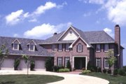 Traditional Style House Plan - 4 Beds 3.5 Baths 3404 Sq/Ft Plan #20-1123 Exterior - Front Elevation