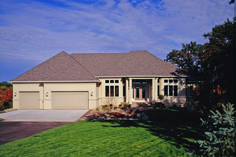 Ranch Style House Plan - 2 Beds 2.5 Baths 2794 Sq/Ft Plan #51-466 Exterior - Front Elevation