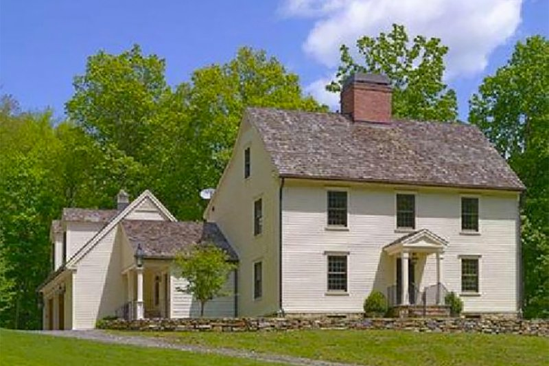Colonial Exterior - Front Elevation Plan #137-207 - Houseplans.com