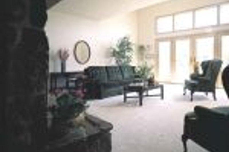 Contemporary Photo Plan #72-361 - Houseplans.com
