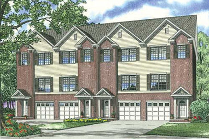 Traditional Style House Plan - 2 Beds 2.5 Baths 5456 Sq/Ft Plan #17-1173 Exterior - Front Elevation