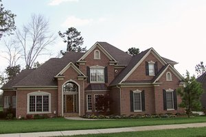 Traditional Exterior - Front Elevation Plan #453-32