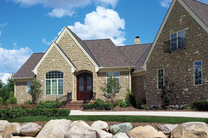 House Plan Design - European Exterior - Front Elevation Plan #20-2286