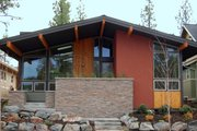 Modern Style House Plan - 3 Beds 2 Baths 1695 Sq/Ft Plan #895-23 Exterior - Front Elevation