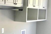 Craftsman Interior - Laundry Plan #437-94