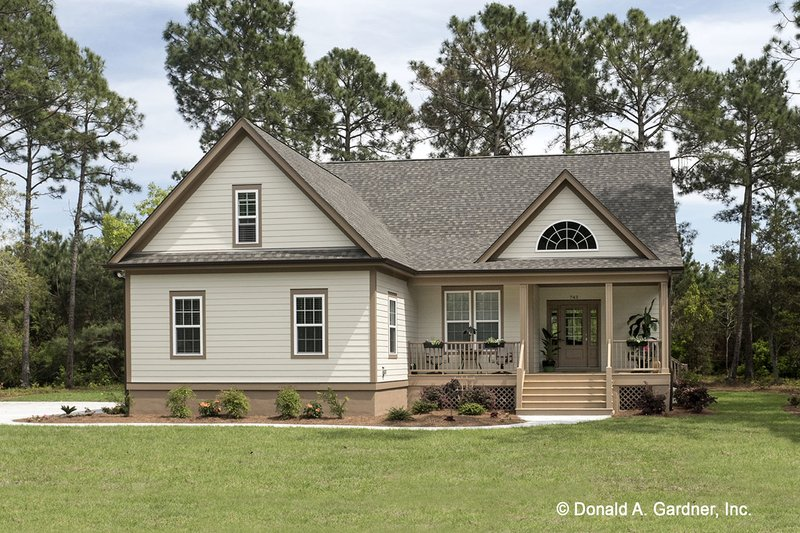 Country Exterior - Front Elevation Plan #929-704