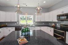 Craftsman Interior - Kitchen Plan #119-425