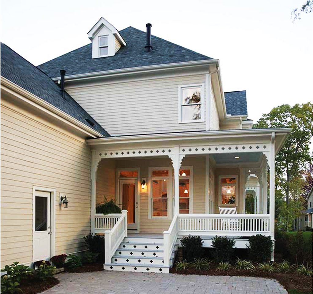 Victorian Style House Plan - 4 Beds 3.5 Baths 2772 Sq/Ft Plan #410 on