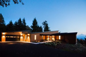 Contemporary Exterior - Front Elevation Plan #924-1