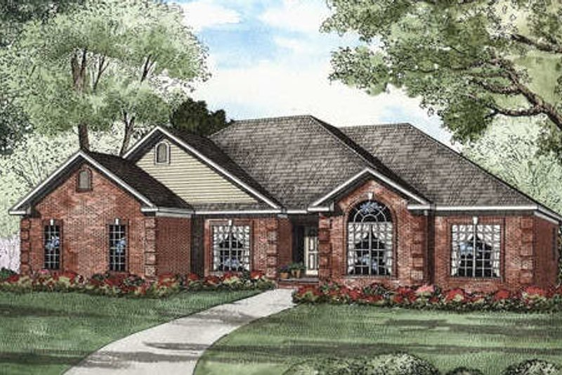 European Style House Plan - 4 Beds 3 Baths 2022 Sq/Ft Plan #17-1111 Exterior - Front Elevation