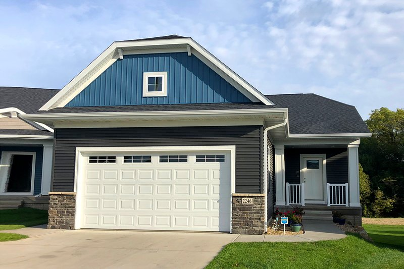 Home Plan - Ranch Exterior - Front Elevation Plan #70-1483