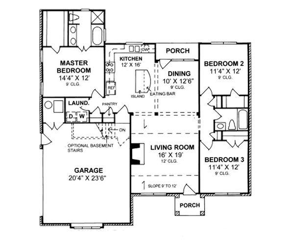 Traditional Floor Plan - Main Floor Plan Plan #20-361