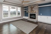 Ranch Style House Plan - 3 Beds 2 Baths 2005 Sq/Ft Plan #70-1485 Interior - Family Room