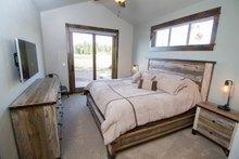 Craftsman Interior - Bedroom Plan #892-13