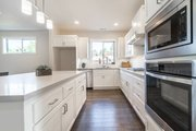 Traditional Style House Plan - 3 Beds 3 Baths 2262 Sq/Ft Plan #124-1162 Interior - Kitchen