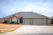 Traditional Style House Plan - 3 Beds 2 Baths 1806 Sq/Ft Plan #65-387 Exterior - Front Elevation