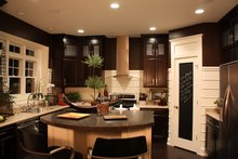 Traditional Interior - Kitchen Plan #20-2134