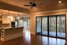 Craftsman Interior - Family Room Plan #437-87