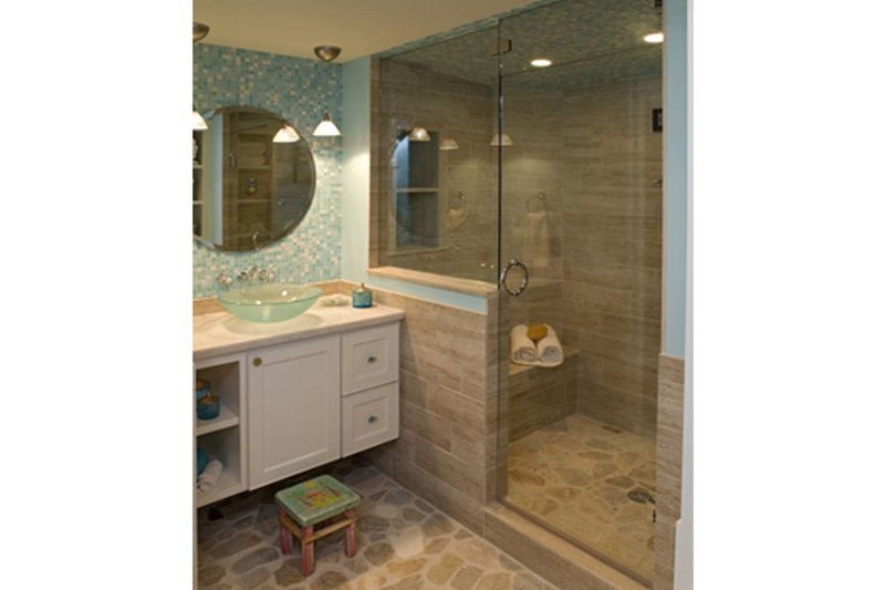 Traditional Interior - Bathroom Plan #56-604 - Houseplans.com