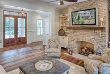 Southern Interior - Family Room Plan #928-316