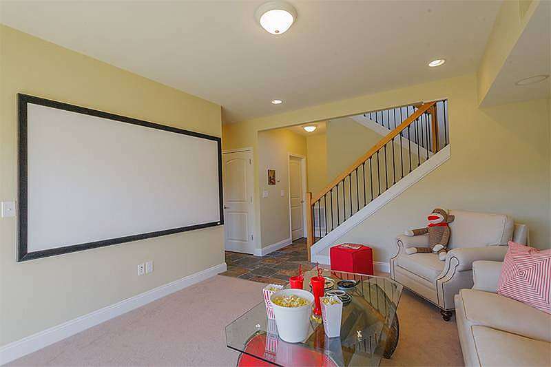 Lower Level - 1400 square foot cottage