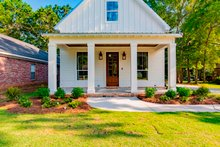 Cottage Exterior - Front Elevation Plan #430-117