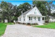 Farmhouse Style House Plan - 3 Beds 2 Baths 1428 Sq/Ft Plan #312-715