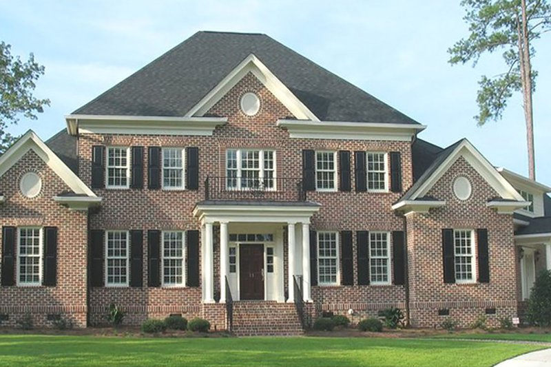 Home Plan - Classical Exterior - Front Elevation Plan #1054-66