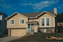 Home Plan - Traditional Exterior - Front Elevation Plan #20-134