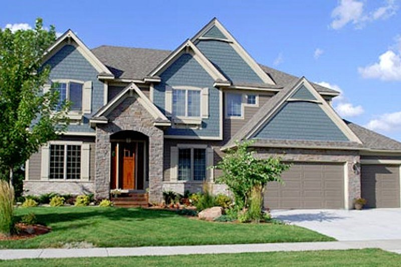Dream House Plan - European Exterior - Front Elevation Plan #320-499