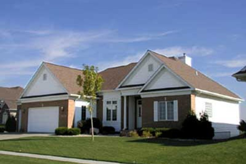 Traditional Exterior - Front Elevation Plan #70-255 - Houseplans.com