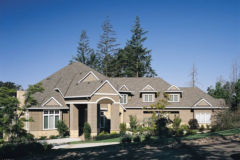 Dream House Plan - Front View - 5700 square foot Traditional home