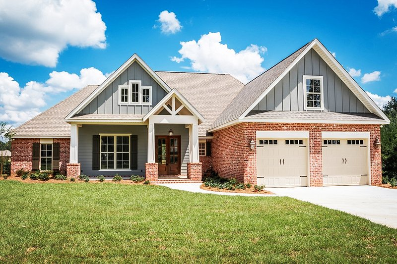 Craftsman Style House Plan - 4 Beds 2.5 Baths 2329 Sq/Ft Plan #430-152