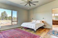 Modern Interior - Master Bedroom Plan #892-12