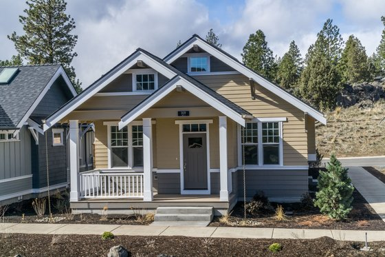 Craftsman Exterior - Front Elevation Plan #895-53