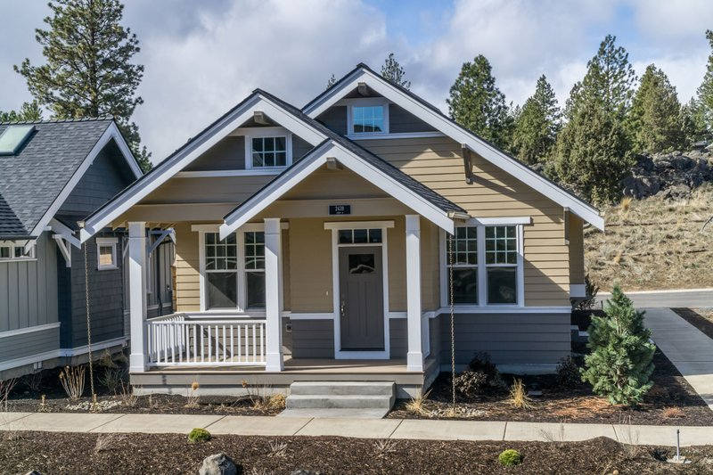Craftsman Style House Plan - 1 Beds 1 Baths 788 Sq/Ft Plan #895-53 Exterior - Front Elevation