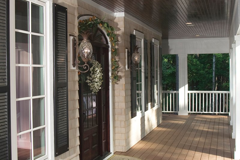 Country Exterior - Covered Porch Plan #930-10 - Houseplans.com