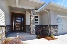 Dream House Plan - Prairie Exterior - Front Elevation Plan #124-1195